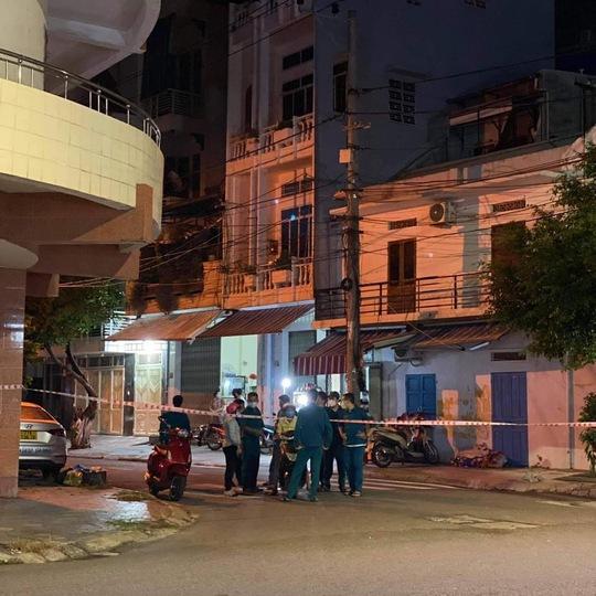 Xuất hiện ổ dịch lớn, Bình Định phong tỏa 5 phường nội thành TP Quy Nhơn - Ảnh 1.