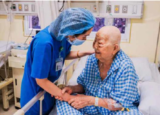 Lần đầu tiên một dự án tiếp thị và truyền thông về người điều dưỡng của Việt Nam đạt giải thưởng quốc tế HMA - Ảnh 1.