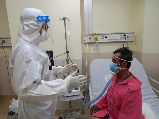 Chuyên gia nói gì về tính khả thi của 2 phương pháp mới điều trị bệnh nhân Covid-19? - Ảnh 3.