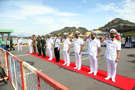 Nhóm tàu tác chiến hải quân Úc thăm Việt Nam - Ảnh 3.