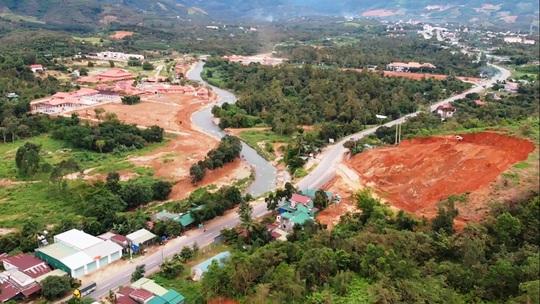 Lâm Đồng: Cận cảnh doanh nghiệp phá đồi, san lấp làm dự án cạnh Quốc lộ 20 - Ảnh 6.