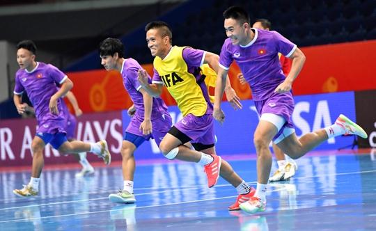 Việt Nam thua sít sao Nga ở vòng 1/8 FIFA Futsal World Cup 2021 - Ảnh 1.