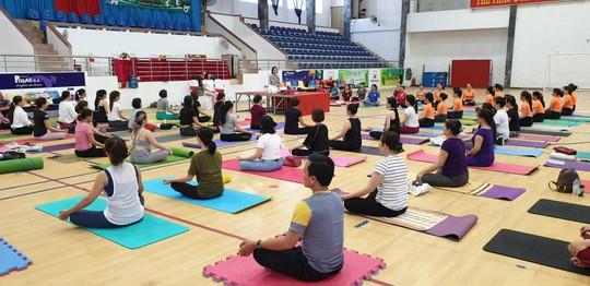 Người phụ nữ nhiệt huyết với yoga và thiền - Ảnh 3.