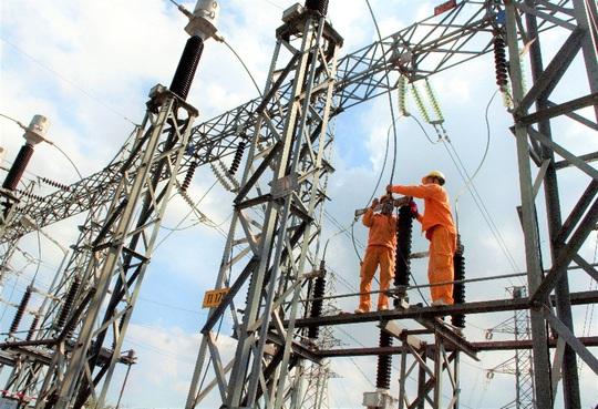 Nhiều doanh nghiệp phía Nam tạm ngưng hoạt động, sản lượng tiêu thụ điện giảm mạnh - Ảnh 2.