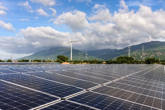 Nhiều doanh nghiệp phía Nam tạm ngưng hoạt động, sản lượng tiêu thụ điện giảm mạnh - Ảnh 5.