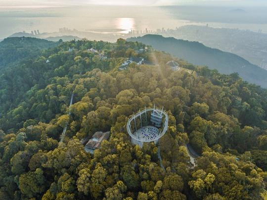 Khu bảo tồn có rừng nhiệt đới triệu năm tuổi ở Malaysia - Ảnh 1.