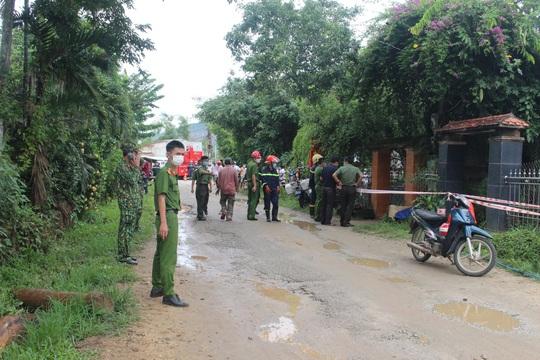 Nổ kinh hoàng gây chết người, sập nhà ở Quảng Nam - Ảnh 8.