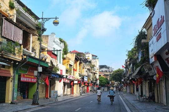 Khoảnh khắc sang thu ở các thành phố du lịch Đà Lạt, Hội An - Ảnh 4.