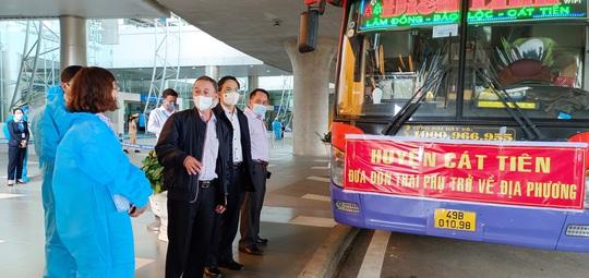 Hàng trăm thai phụ được Lâm Đồng đón về để sinh con - Ảnh 4.