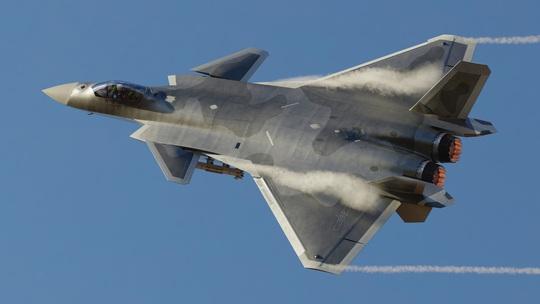 Năng lực không quân của Trung Quốc bị dội gáo nước lạnh - Ảnh 1.
