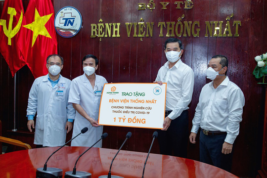 Tập đoàn Hưng Thịnh tài trợ 1 tỉ đồng cho chương trình nghiên cứu thuốc điều trị Covid-19 của Bệnh viện Thống Nhất - Ảnh 2.