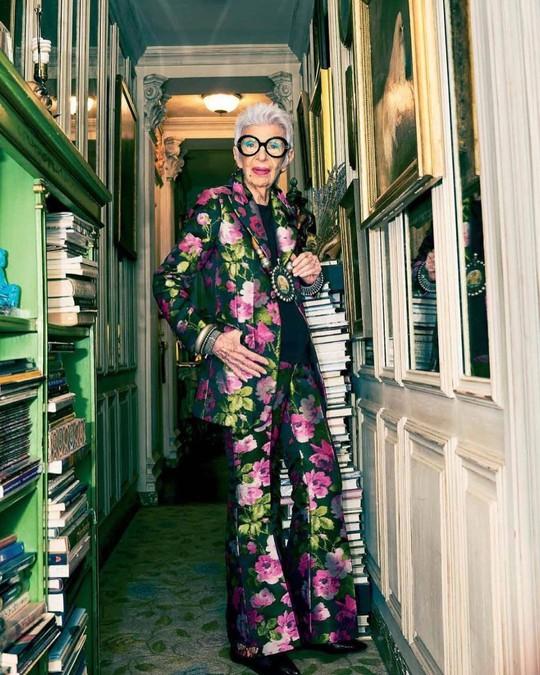 Cụ bà 100 tuổi mặc đẹp nhất thế giới - Ảnh 4.