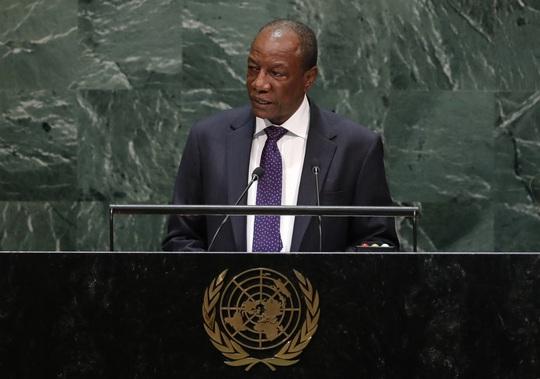 Đảo chính ở Guinea: Số phận của tổng thống vẫn chưa rõ - Ảnh 3.