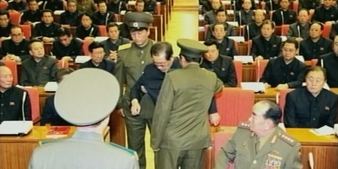 Ông Jang Song-thaek bị bắt tại cuộc họp của Bộ chính trị. Ảnh: Business Korea