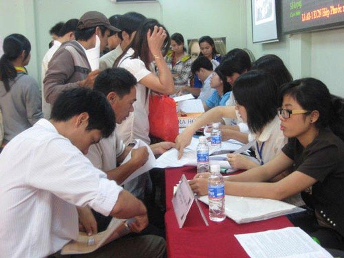 Thủ tục, điều kiện nhận tiền trợ cấp thất nghiệp - Ảnh 1.