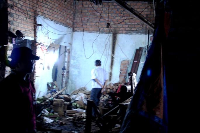 Xưởng tiện gỗ tan hoang sau vụ nổ