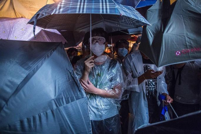 Tròn 1 tháng Hồng Kông tổ chức biểu tình đòi cải cách bầu cử. Ảnh: Bloomberg