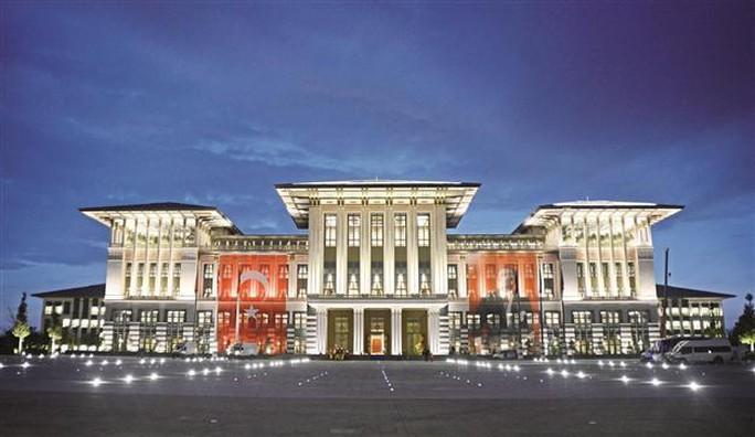 Tòa cung điện xa xỉ của ông Erdogan. Ảnh: Hurriyet Daily News