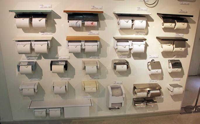 Chính phủ Nhật Bản kêu gọi người dân trữ giấy vệ sinh phòng thiên tai. Ảnh: Tech Diem