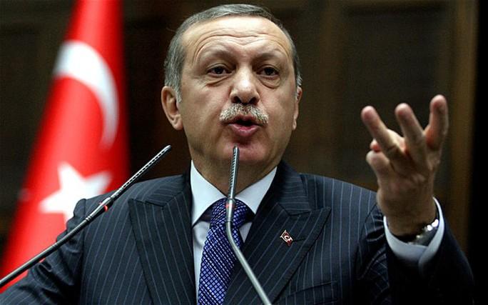 Thủ tướng Thổ Nhĩ Kỳ Recip Tayyip Erdogan dính nghi án tham nhũng. Ảnh: AP