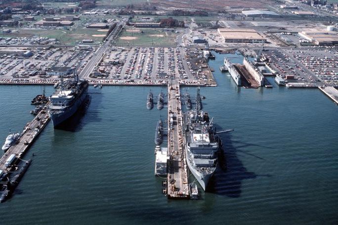 Căn cứ Hải quân Norfolk. Ảnh: USS Lyspear