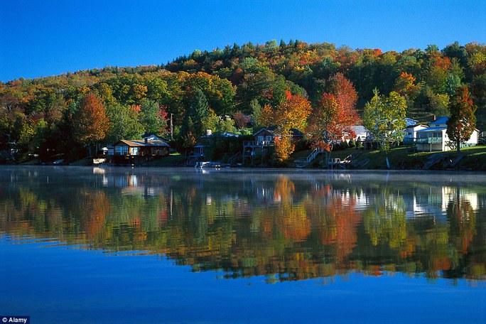 Hồ Elmor gần bang Vermont - Mỹ