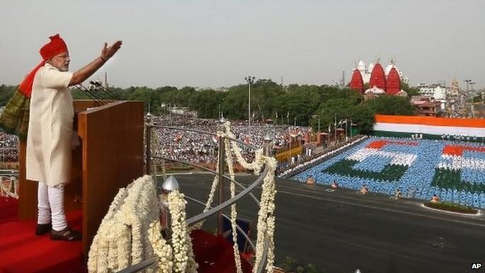 Ông Modi phát biểu trước dân chúng hôm 15-8. Ảnh: AP