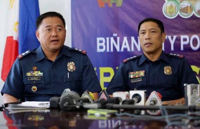 Cảnh sát Philippines thông báo về trường hợp bắt giữ nhà ngoại giao Ý về tội lạm dụng trẻ em. Ảnh: AP