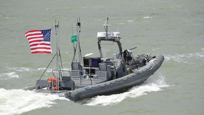 Tàu tuần tra không người lái của hải quân Mỹ sẽ giúp giảm thiểu nguy cơ chiến hạm bị tàu địch tấn công. Ảnh: AP