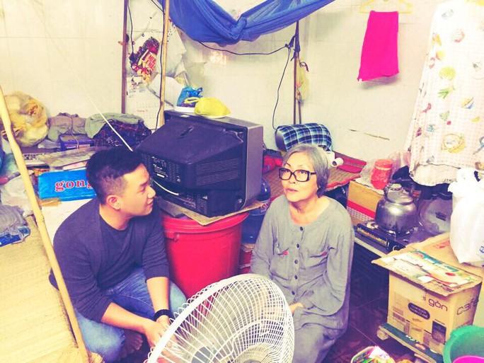 Căn gác lụp xụp nơi nghệ sĩ Trang Thanh Xuân đang sống