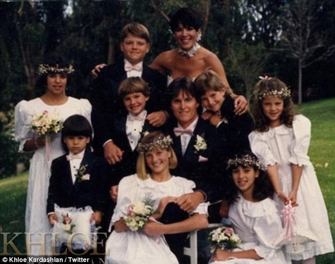 Đại gia đình Kris Jenner và Bruce Jenner thuở ban đầu cuộc hôn nhân