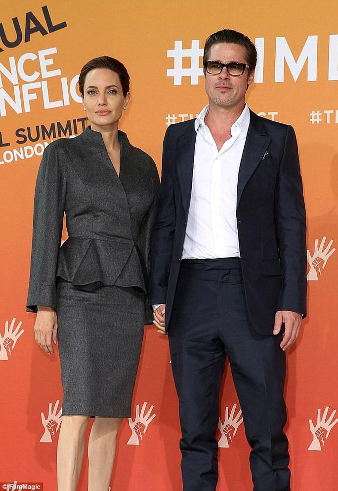 Angelina nghĩ cảm giác kết hôn thật tuyệt