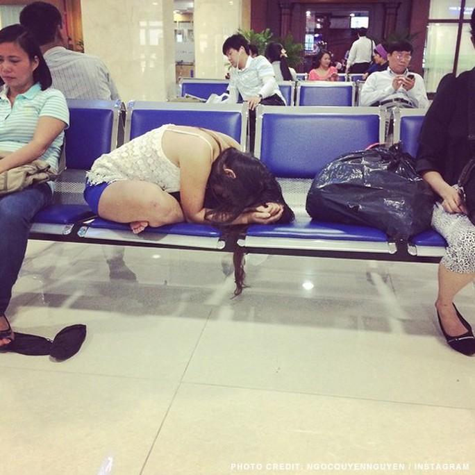 Một cảnh ở sân bay Tân Sơn Nhất