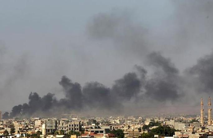 Chính phủ Libya cảnh báo nguy cơ đất nước  sụp đổ nếu các cuộc giao tranh vẫn tiếp diễn. Ảnh: Reuters