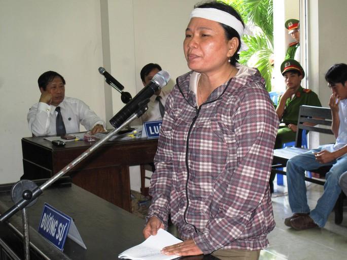 Bà Ngô Thị Tuyết (chị Kiều): Lương tâm của những công an này để đâu?