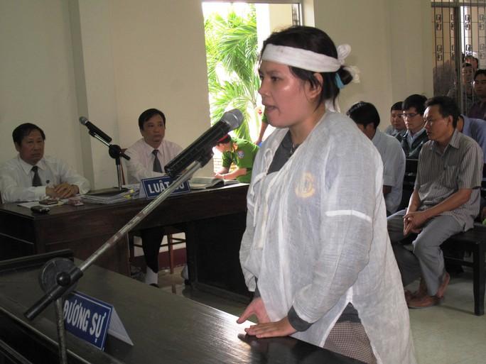 chị Trần Thị Tâm (vợ Kiều): Đánh chết chồng tôi nhưng chỉ bị đề nghị án treo!