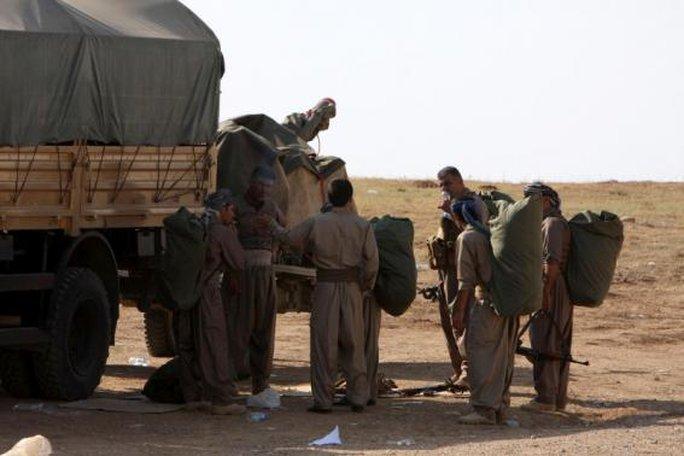 Lực lượng Peshmerga ở Iraq đã tiến đến thị trấn Kobani. Ảnh: Reuters