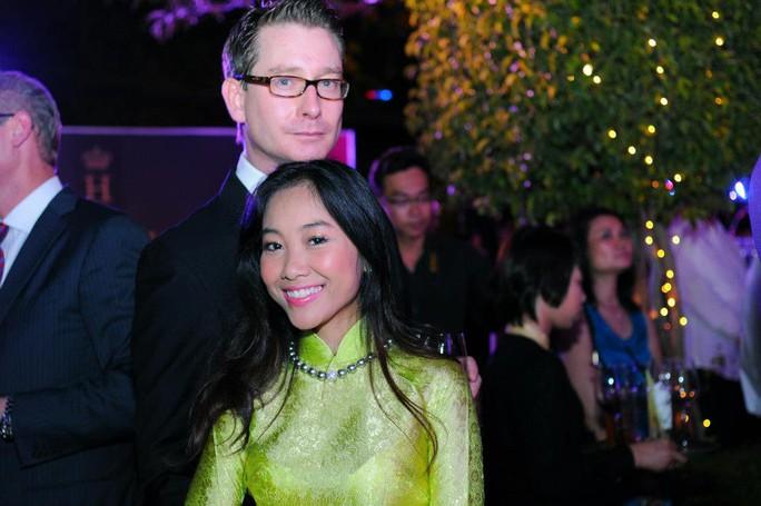 Ca sĩ Đoan Trang hạ sinh một nàng công chúa