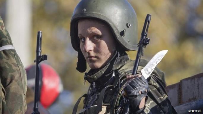 Tuy Ukraine và quân nổi dậy đã đạt được thỏa thuận ngừng bắn từ 5-9 nhưng cuộc chiến vẫn diễn ra
