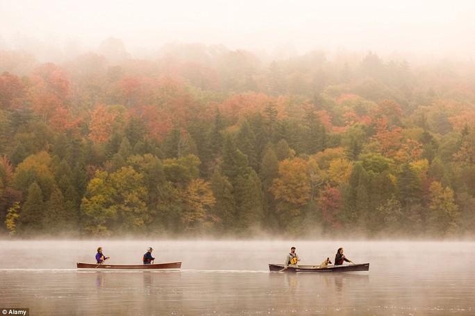 Hồ Placid, New York - Mỹ.