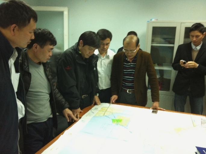 Bên trong Sở chỉ huy tìm kiếm cứu nạn hàng không Việt Nam chiều 8-3