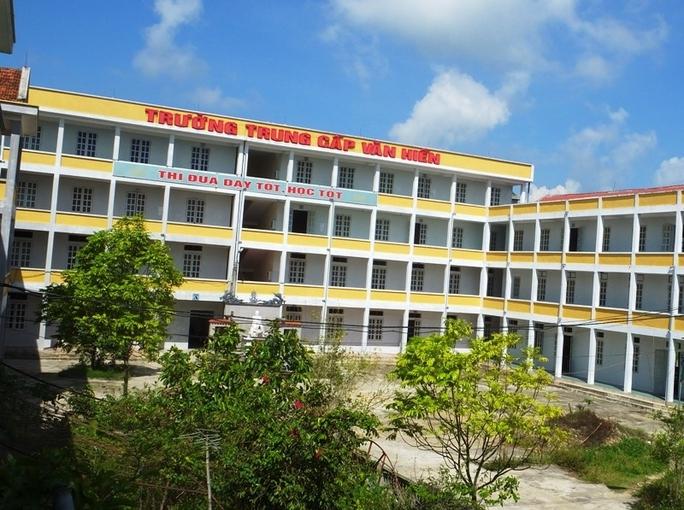 Trường Trung cấp Y - Dược Văn Hiến, nơi hơn 400 sinh viên vẫn chưa được nhận bằng
