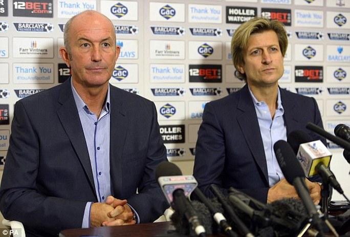 HLV Pulis và chủ tịch CLB Crystal Palace
