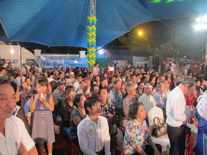 Khán giả tham gia đêm thơ