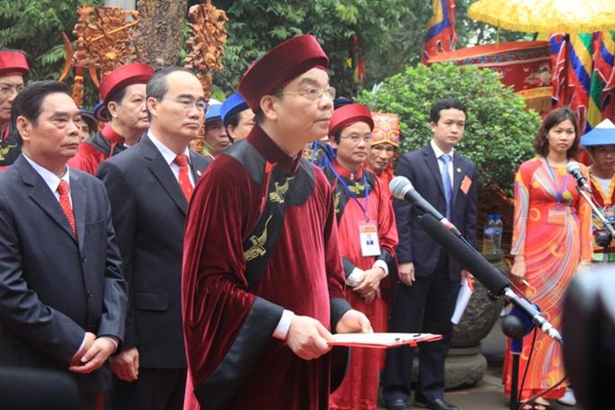 Lãnh đạo Đảng, Nhà nước, Mặt trận tổ quốc VN, lãnh đạo tỉnh Phú Thọ khai mạc lễ hội