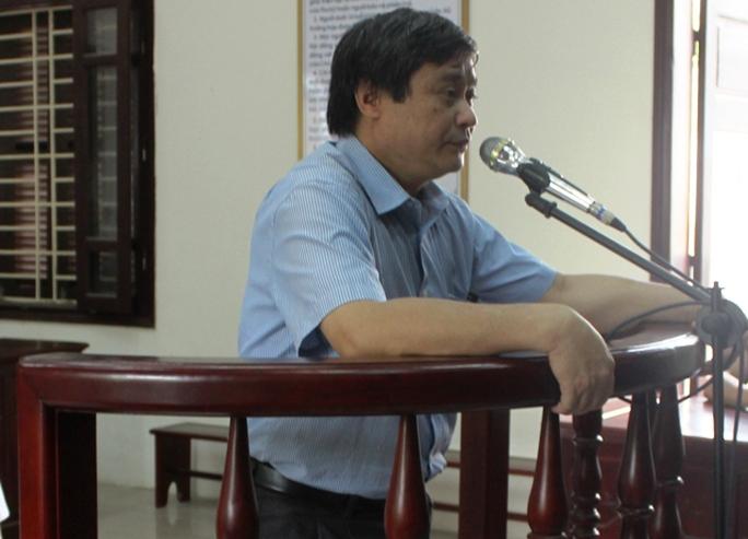 Do thiếu trách nhiệm, buông lỏng trong công tác quản lý ông Lê Văn Cường, Phó chủ tịch UBND huyện Lang Chánh bị lĩnh 9 tháng tù treo