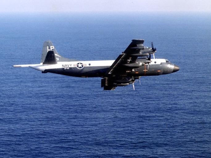 Máy bay săn ngầm PC-3 Orion của hải quân Mỹ tham gia tìm kiếm máy bay Malaysia mất tích