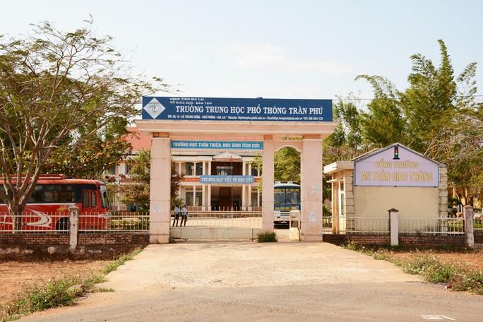 Trường THPT Trần Phú nơi xảy ra vụ việc. Ảnh: Minh Triều