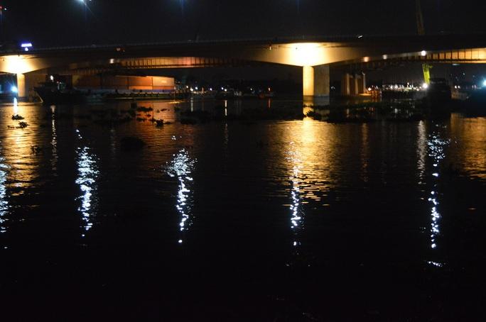 Khu vực nơi cô gái nhảy xuống sông Sài Gòn tự tử