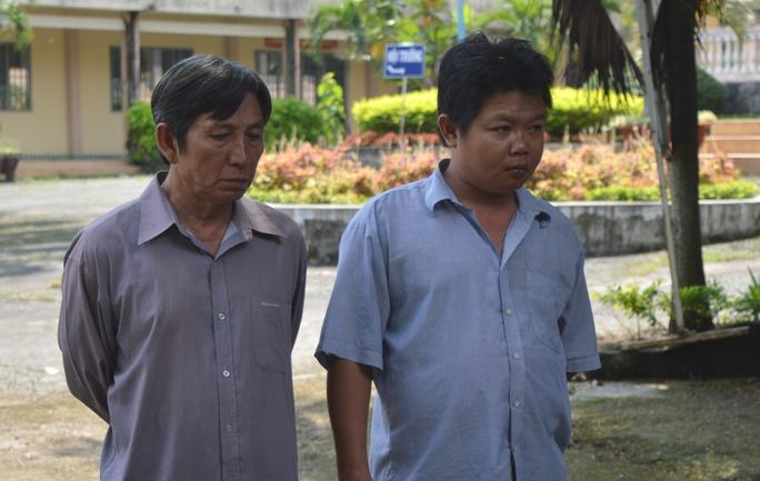 Công an bắt 2 kẻ bẫy trộm chó mèo trong đêm